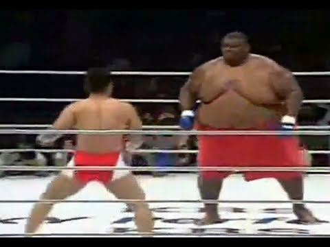 700 lb. Fat Guy vs 170 lb. MMA Fighter