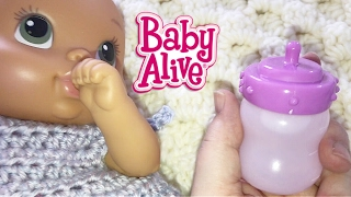 getlinkyoutube.com-Baby Alive Luv N Snuggle Baby Doll Making Doll Milk Feeding and Changing into Crochet Dress