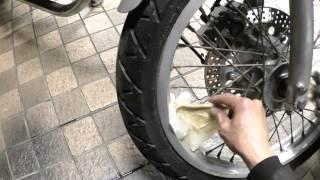 getlinkyoutube.com-錆びたバイクのスポークにコーラを浸してみた