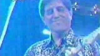 getlinkyoutube.com-The Ventures-Surf  On Guitar1998