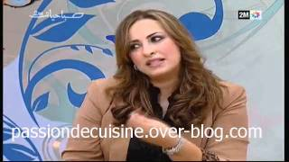 getlinkyoutube.com-قفطان و تكشيطة المصممة سميرة مهيدي كنوزي.mpg