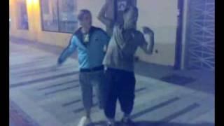 getlinkyoutube.com-سكران طاح في يدين شباب سعوديين