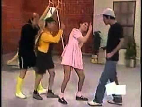 A turma do Chaves dançando A música você quer- (video original)