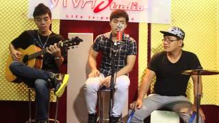 getlinkyoutube.com-Ba kể con nghe - Nguyễn Hữu ft VBK ft Bi Cajon [VIVAStudio]