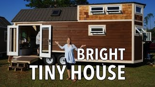 getlinkyoutube.com-Tiny House with Mega Couch, Guest Room AND a Tub 🛁