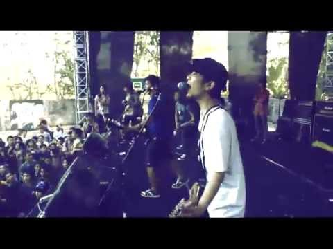 closehead - berdiri teman live at sma 1 karanganyar