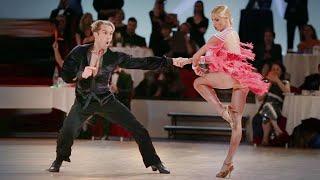 getlinkyoutube.com-Riccardo Cocchi - Yulia Zagoruychenko | Disney 2016 - Showdance Samba