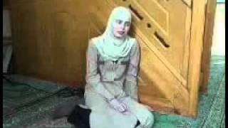getlinkyoutube.com-Русская девушка говорит как приняла Ислам !
