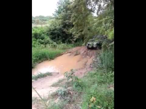 Landrover Discovery and Jeep roading