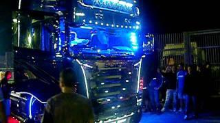 getlinkyoutube.com-Week end del camionista 2011