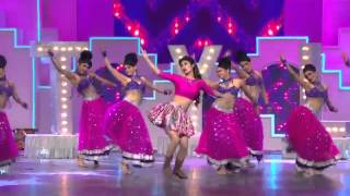 getlinkyoutube.com-Chitiyaan Kalaiyaandance by mouni roy