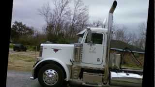 02 Peterbilt 379 Shifting & Jakeing