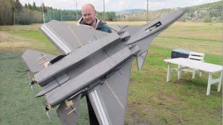 getlinkyoutube.com-Giant RC SU-37 Super flanker jet, Maiden flight, MUST SEE! Scratchbuilt Depron electric pusher prop
