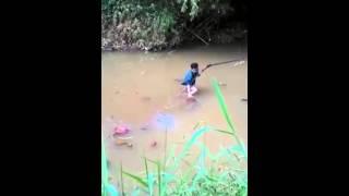getlinkyoutube.com-Cara berburu Biawak