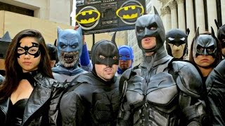 getlinkyoutube.com-20 BATMANS vs BANE: EPIC FLASH MOB IN NYC!