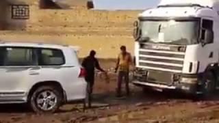 getlinkyoutube.com-toyota land cruiser pulls truck .....