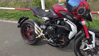 getlinkyoutube.com-MV Agusta DRAGSTER RR walk aroud QD Exhaust