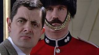 Guard Picture | Funny Clip | Mr. Bean Official