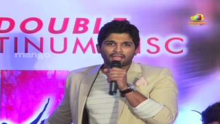 getlinkyoutube.com-Allu Arjun imitating Brahmanandam dance - Julayi Double Platinum Disc Function
