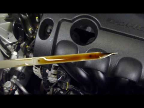 How To Check Hyundai i30 Engine Oil Level in Hd