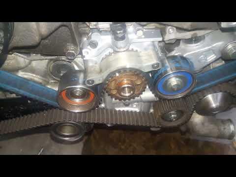 Расположение в Subaru Forester масляного насоса