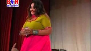 getlinkyoutube.com-Nadia Gull Dance in Dubai Pashto Musical Show (pa muhabat zama iman de)