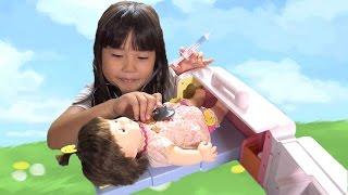 getlinkyoutube.com-ぽぽちゃん おもちゃ おしゃべり病院に変身 救急車 お医者さんごっこ playing doctor Baby Doll Popochan Ambulance Toy