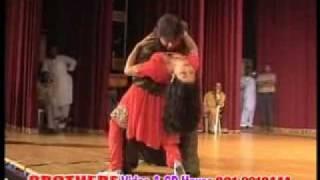getlinkyoutube.com-pashto new song 2010 GUL SANGE GUL with nice dance SALMA SHAH & JAHANGIR KHAN (4)