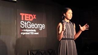 getlinkyoutube.com-The ten-item wardrobe | Jennifer L. Scott | TEDxStGeorge