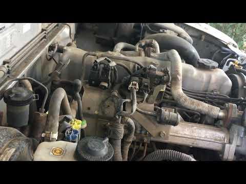 Mazda Bravo B series pickup 2.5 turbo diesel engine start up + rev sound.