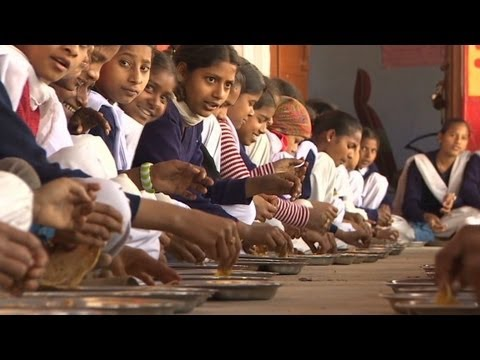 Watchup: India's 'food factory' feeds children
