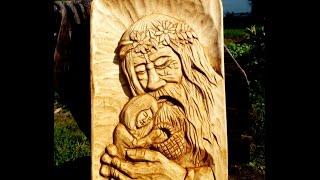 getlinkyoutube.com-Woodcarving.forest old man and child. Резьба по дереву. Панно Девочка и Леший