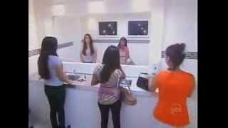 getlinkyoutube.com-Aneh wanita ini Tidak Terlihat di Cermin