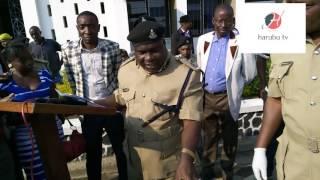 Jeshi la Polisi Mbeya lakamata mwanajeshi hewa akutwa na sare za jeshi, risasi 10