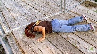 getlinkyoutube.com-Dangerous Swamp Rescues, All Part of the Job | Pit Bulls and Parolees