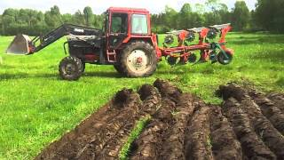 getlinkyoutube.com-MTZ 572 & Kverneland  ES-85-200 ploughing