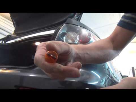 Как снять задние фонари и замена всех ламп в Mazda 3 I (ВК)