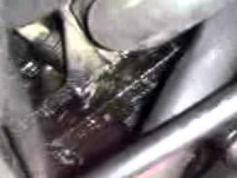 Где у Mercury Гранд Маркиз находится салонный фильтр