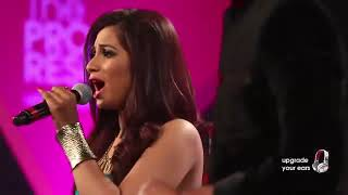 getlinkyoutube.com-Radha by Shreya Ghoshal live at Sony Project Resound Concert