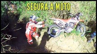 getlinkyoutube.com-Trilha de Moto CRF 230 em Tiete Subida da Mamona