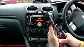 getlinkyoutube.com-Ford Focus MK2.5 (2008-2011) Stereo Removal