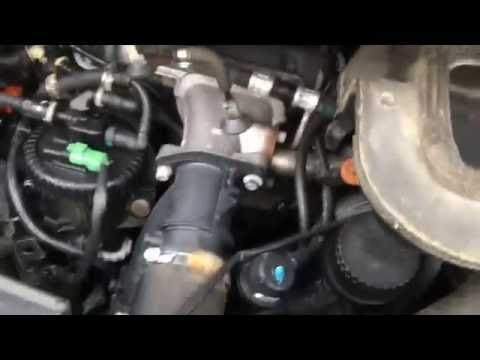 How to replace Passenger compartment (cabin) air filter on Peugeot 807 (starting 2003)