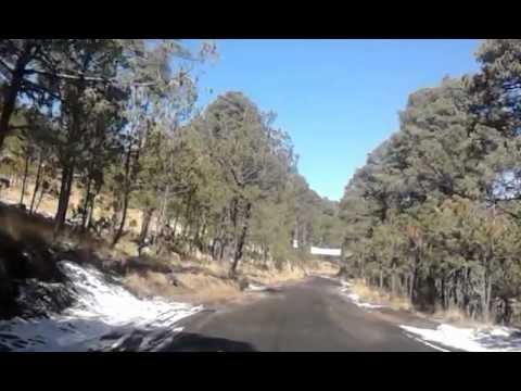 NIEVE Bajando de Paso de Cortes a Puebla, camino con nieve 17/03/13