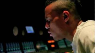 Bow Wow en studio avec Busta Rhymes et Chris Brown