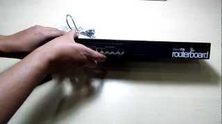 getlinkyoutube.com-SYS2U.COM - แกะกล่อง  MikroTik RB2011UAS-RM Multi-Port Router, Level5 License