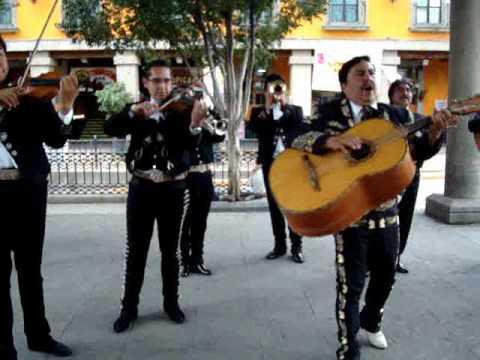Los Mariachis de la Plaza Garibaldi, México DF