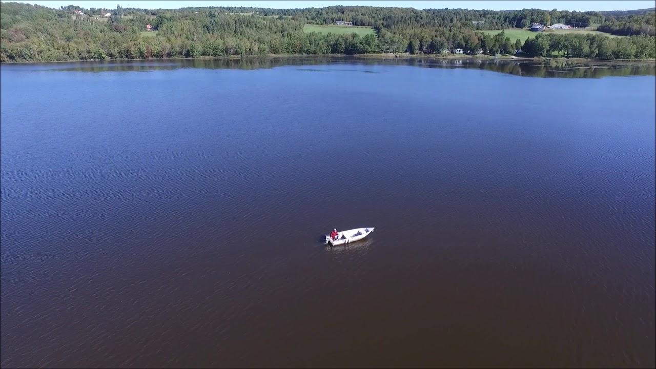 Toute la beauté de notre petit lac (Vidéo)