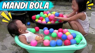 getlinkyoutube.com-Ball Pit Show for Toddler ❤  Fun kids play and learning ❤ Kids Pool Fun Balls @LifiaTubeHD