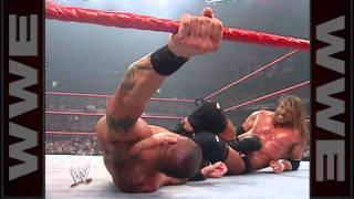 getlinkyoutube.com-Triple H vs. Randy Orton - WWE Championship Match