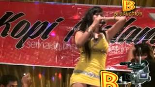getlinkyoutube.com-AKU BUKAN PILIHAN HATIMU - RESTY ANANTA (KOPI MALAM MUSIC)